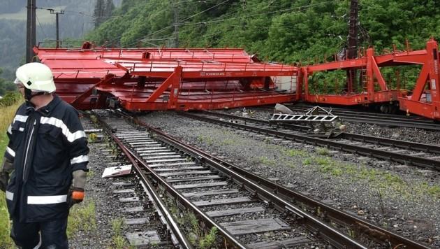 Dieser leere Güterzug entgleiste auf der Südbahnstrecke.