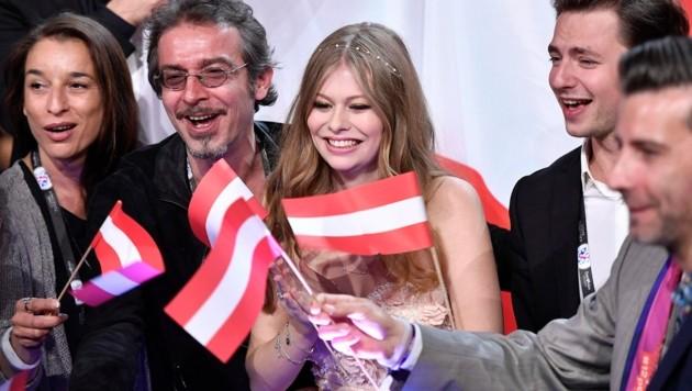 Zoe hoffte auf viele Anrufe für Österreich.