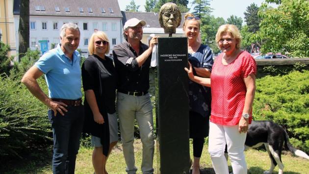 Steinmetz Cekoni (links), Restaurator Tomasi und Mathiaschitz