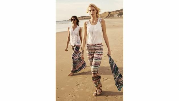 Bunte Muster auf Röcken und Hosen machen uns zu echten Boho-Beautys. (Bild: Comma)