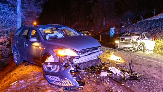 Sieben Menschen wurden bei dem schweren Unfall verletzt.