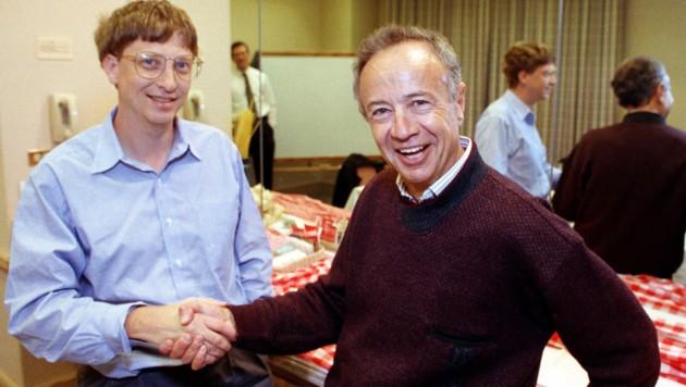 Andy Grove im Jahr 1992 mit Microsoft-Chef Bill Gates