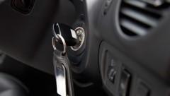 Der Schlüssel befand sich im Fahrzeug. (Bild: thinkstockphotos.de (Symbolfoto))