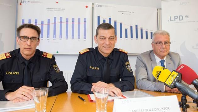 Kirchler, Tomac und Pupp (v.li.) präsentierten in Innsbruck die Kriminalstatistik Jahr 2015.