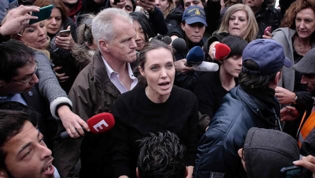Angelina Jolie bei ihrem Besuch in Piräus