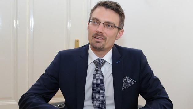 Ziemlich viele kuriose Fälle landen auf dem Schreibtisch von Rechtsanwalt Matthias Waldmüller.