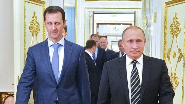 Kremlchef Putin hält weiterhin zu Syriens Präsident Assad. (Bild: APA/AFP/ALEXEY DRUZHININ)