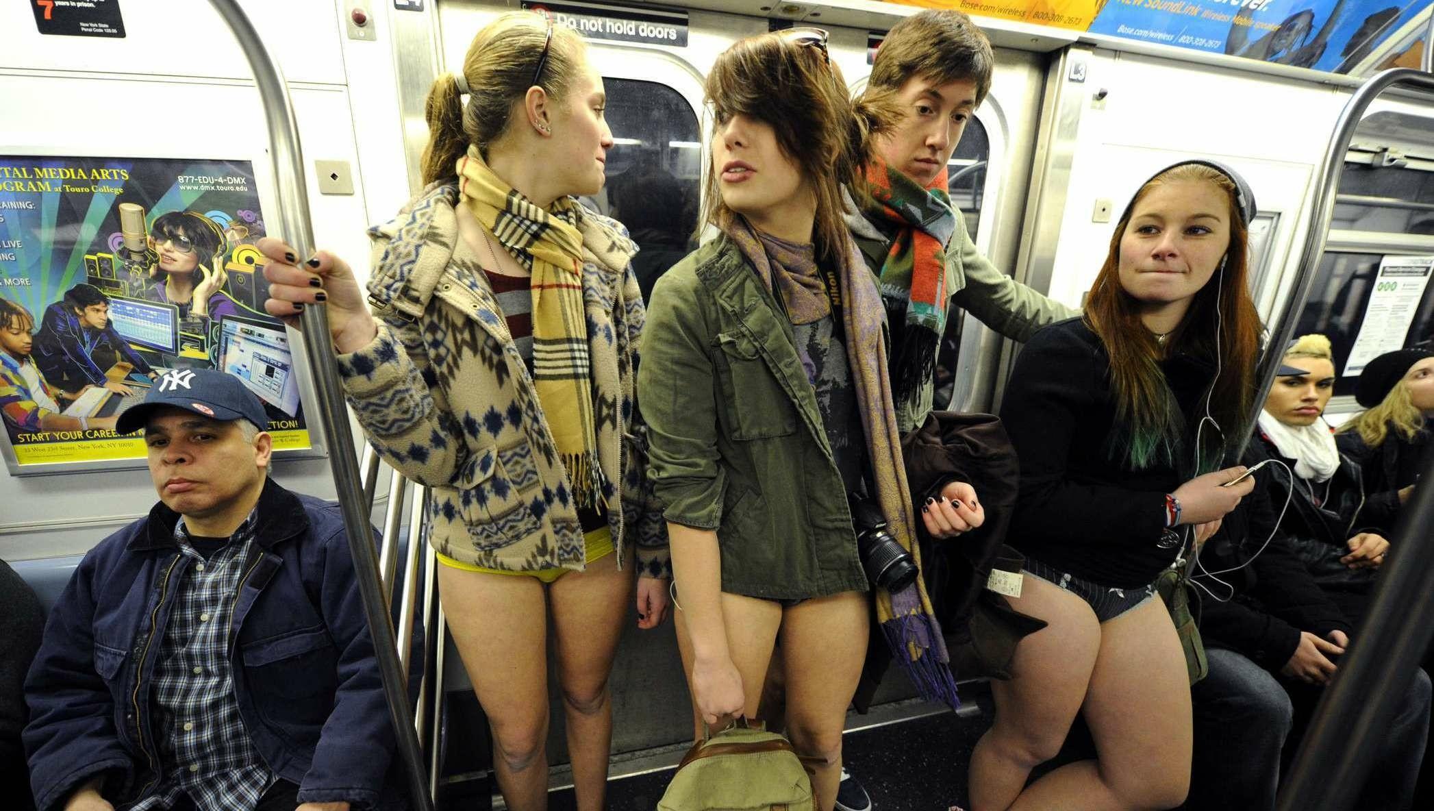 Hose runter nackt