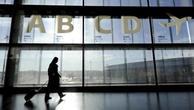 Flughafen Wien (Bild: APA/HANS KLAUS TECHT)
