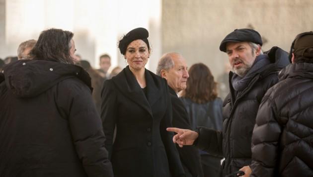 """Das älteste und auch das heißeste Bond-Girl: Monica Bellucci als Lucia Sciarra in """"Spectre"""" (Bild: Sony)"""