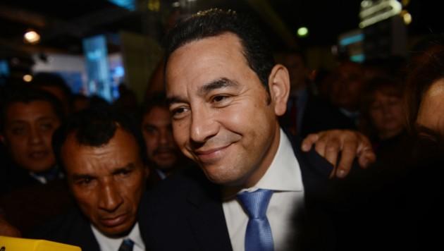 Vom Comedian zum Präsidenten: Jimmy Morales (46) (Bild: AP)