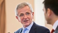 Ex-Vizekanzler Molterer wird Chef des rund 21 Milliarden Euro schweren EU-Investitionsfonds EFSI. (Bild: APA/EPA/DUMITRU DORU)