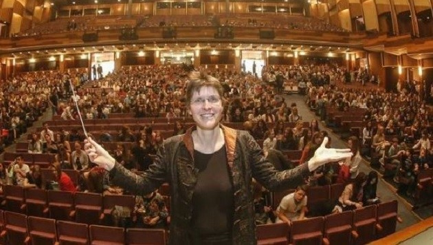 Elisabeth Fuchs eröffnet mit der Philharmonie Salzburg die Kulturtage im Festspielhaus, am 16. 10. (Bild: Markus Tschepp)