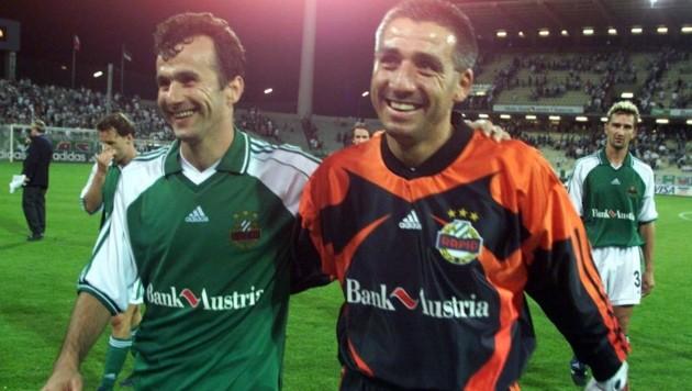 Zu Rapid-Zeiten: Dejan Savicevic mit Goalie Ladi Maier (Bild: Herbert Pfarrhofer)