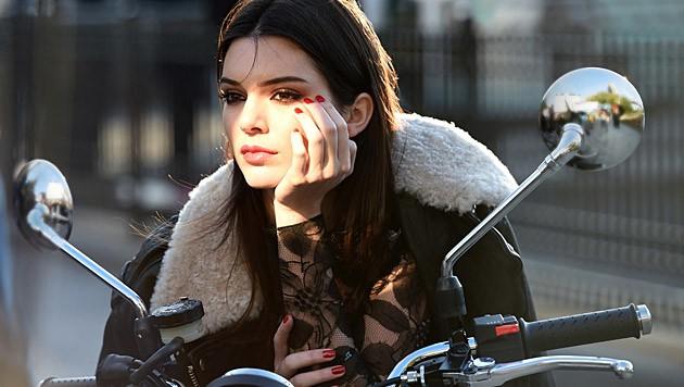 Kendall Jenner ist das Gesicht von Estée Lauder.