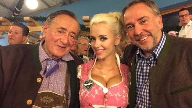 Richard Lugner, seine Cathy und Andreas Bartl am Oktoberfest (Bild: Richard Lugner)