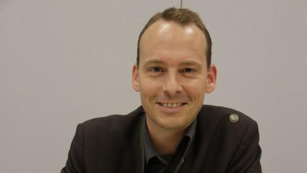 Wildbiologe Christopher Böck vom Landesjagdverband (Bild: Markus Schütz)