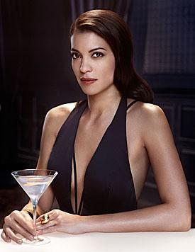 Bond-Beauty Stephanie Sigman wirbt für Belvedere Vodka.