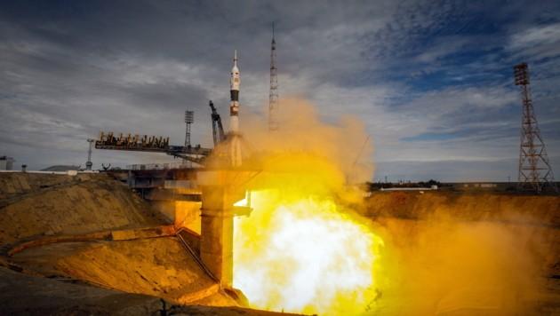 """Der Start der """"Sojus"""" TMA-18M in Baikonur (Bild: APA/EPA/Sergei Ilnitsky)"""