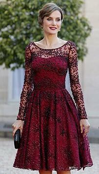 Auch Königinnen lieben Spitze: Hier Königin Letizia von Spanien (Bild: EPA)