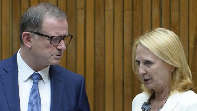 Nationalratspräsidentin Bures und ihr Stellvertreter Kopf (Bild: APA/ROBERT JAEGER)