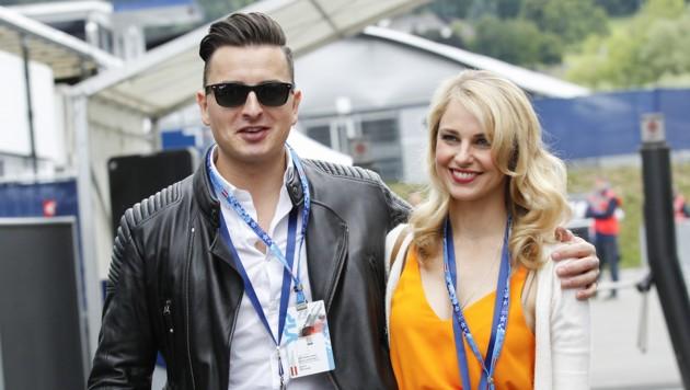 Andreas Gabalier mit Freundin Sylvia Schneider (Bild: APA/ERWIN SCHERIAU)