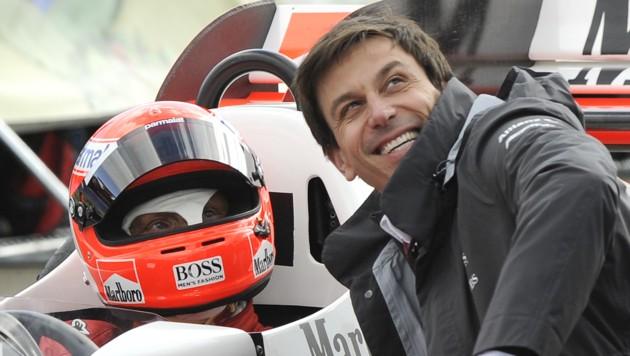 Toto Wolff mit Niki Lauda (Bild: APA/HANS KLAUS TECHT)