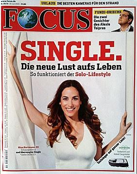 """Nina Hartmann am Cover des """"Focus"""" (Bild: Focus)"""
