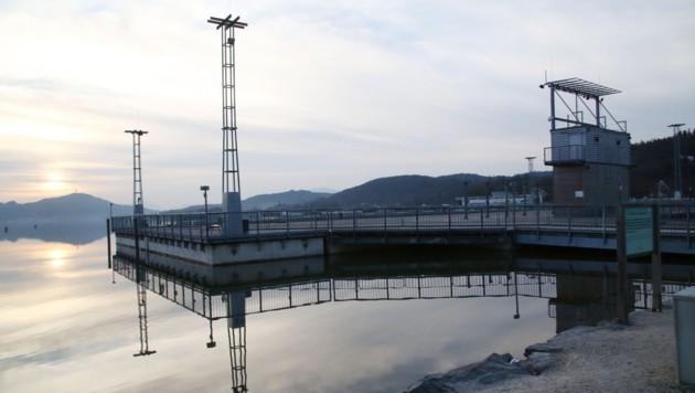 """Der Unternehmer will die """"Überbleibsel"""" der Seebühne umsiedeln. (Bild: Uta Rojsek - Wiedergut)"""