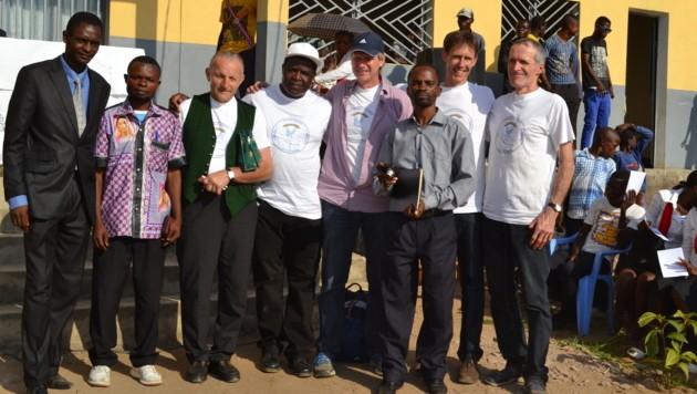 Bereits zweimal wurde der Pfarrer von vier mutigen Mölltalern in den Kongo begleitet. (Bild: Konrad Weichselbraun)