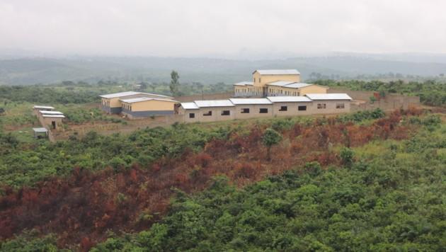 Die Schule samt Heim und Tageswerkstätte befindet sich vor Kinshasa. (Bild: Konrad Weichselbraun)