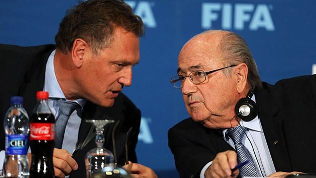 Jerome Valcke (links) und Joseph Blatter (Bild: APA/EPA/Ennio Leanza)