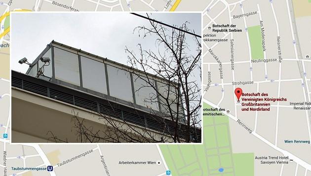 Am Dach der Botschaft Großbritanniens steht das verdächtige Häuschen. (Bild: CC BY-SA 2.0 FM4/Nomen Nescio, Screenshot Google Maps)