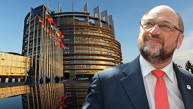 EU-Parlamentspräsident Martin Schulz (Bild: APA/EPA/STEPHANIE LECOCQ, APA/EPA/PATRICK SEEGER)