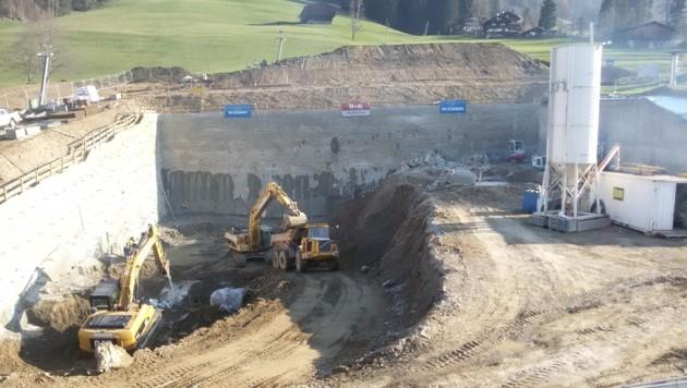 Das zukünftige verdoppelte Congress Centrum (ab Sommer 2016) ist derzeit noch eine Baugrube. (Bild: Andreas Moser)