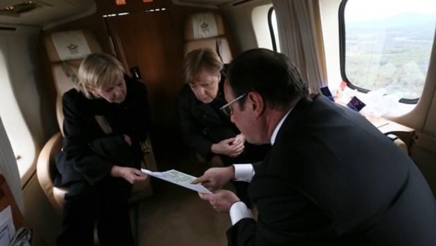 Kanzlerin Merkel und Hollande auf dem Weg zum Absturzort