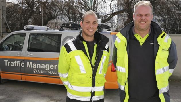 Helden des Tages: Asfinag-Mitarbeiter Mario Hans und Reinhard Schnurrer (Bild: Klemens Groh)