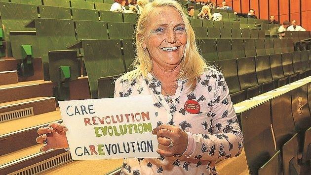 Auch SALK-Zentralbetriebsrätin Christine Vierhauser unterstützt das Anliegen der Pflegekräfte.