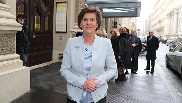 """Präsidentin Helga Rabl-Stadler ist über die Strafe verärgert: """"Nicht ein Aschenbecher ist im Haus."""" (Bild: Kristian Bissuti)"""