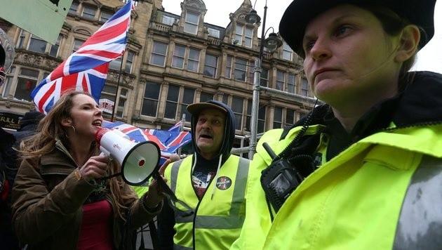 Pegida-Demonstranten in Newcastle