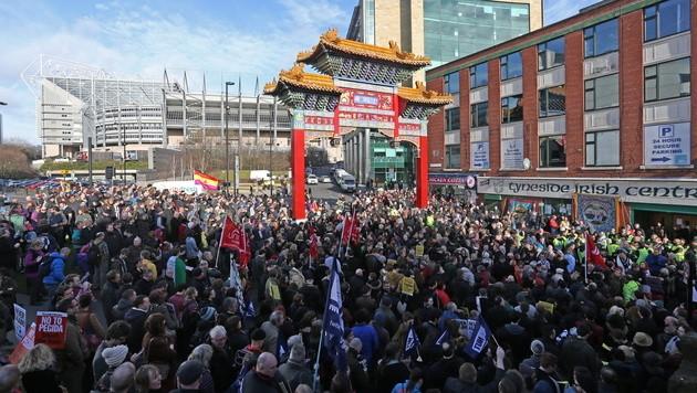 Rund 2.000 Teilnehmer bei der Gegendemonstration