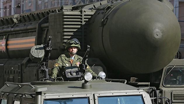 Russische Langstreckenrakete (Bild: APA/EPA/SERGEI ILNITSKY)