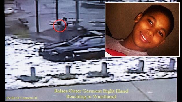 Aufnahme einer Überwachungskamera zeigen die letzten Sekunden im Leben von Tamir Rice. (Bild: AP)