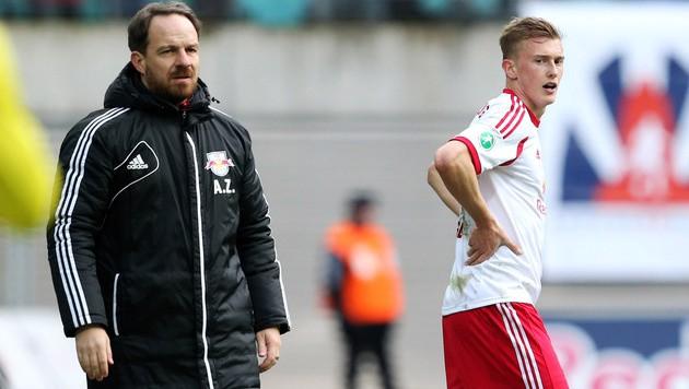 Leipzig-Trainer Zorniger mit seinem Schützling Georg Teigl (Bild: Red Bull GEPA pictures)