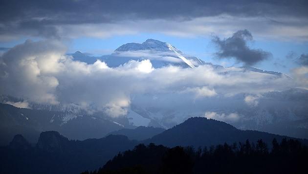 Eine Bergtour in der Corona-Krise ist keine gute Idee (Bild: APA/BARBARA GINDL)