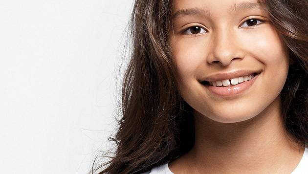 "India Callender singt ""Mir geht's gut!"". (Bild: World Vision)"