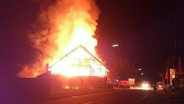 Da die Disco beim Brandausbruch glücklicherweise nicht geöffnet hatte, gab es keine Verletzten.