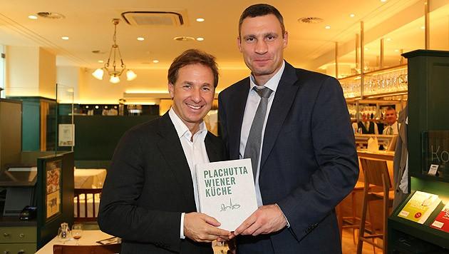 Mario Plachutta und ein satter Vitali Klitschko (Bild: Kristian Bissuti)
