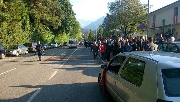 Die Polizei hatte große Mühe, die Tumulte bei der türkischen Hochzeit unter Kontrolle zu bringen. (Bild: LPD Vorarlberg)