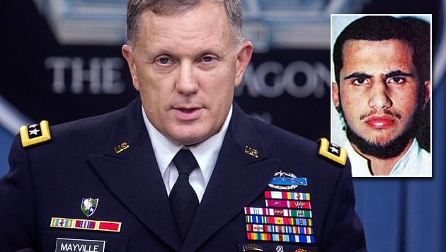 US-Generalleutnant William Mayville, Terrorist Muhsin al-Fadhli (kl. Bild) (Bild: APA/EPA/JIM LO SCALZO, US State Department)
